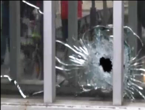 Atacul terorist de la Paris, răspuns al politicii colonialeamericane