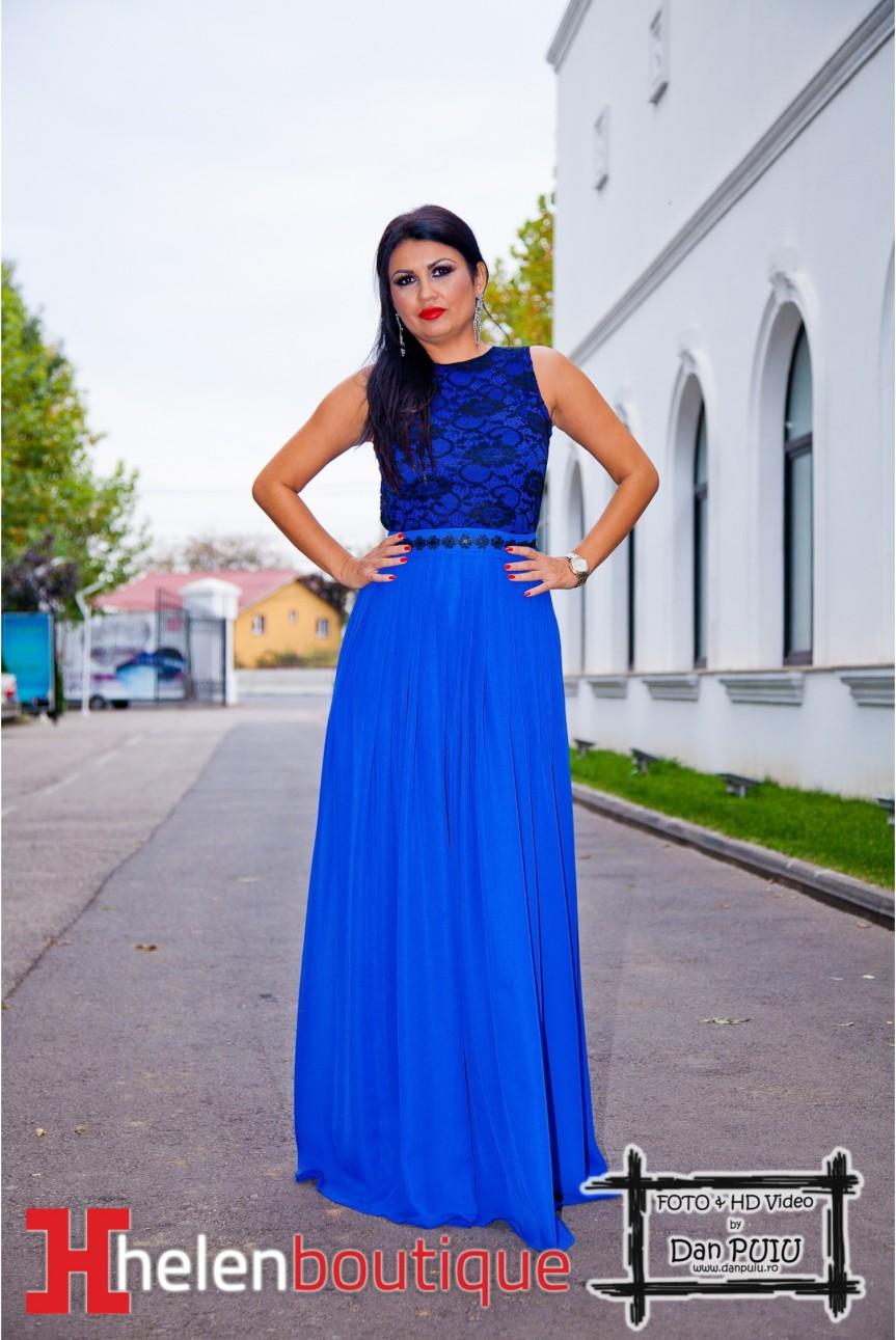 În căutarea unei rochii la HelenBoutique