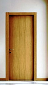 Amenajari de interior, usa in balamale stejar albit